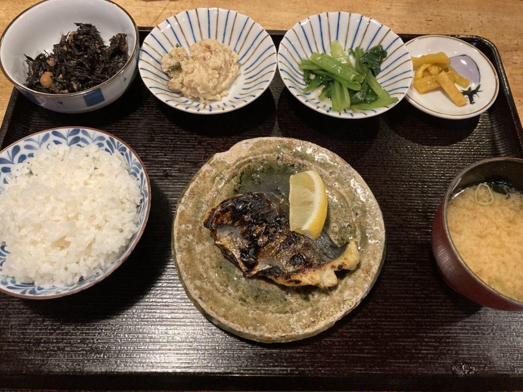 えんや炭火焼魚定食