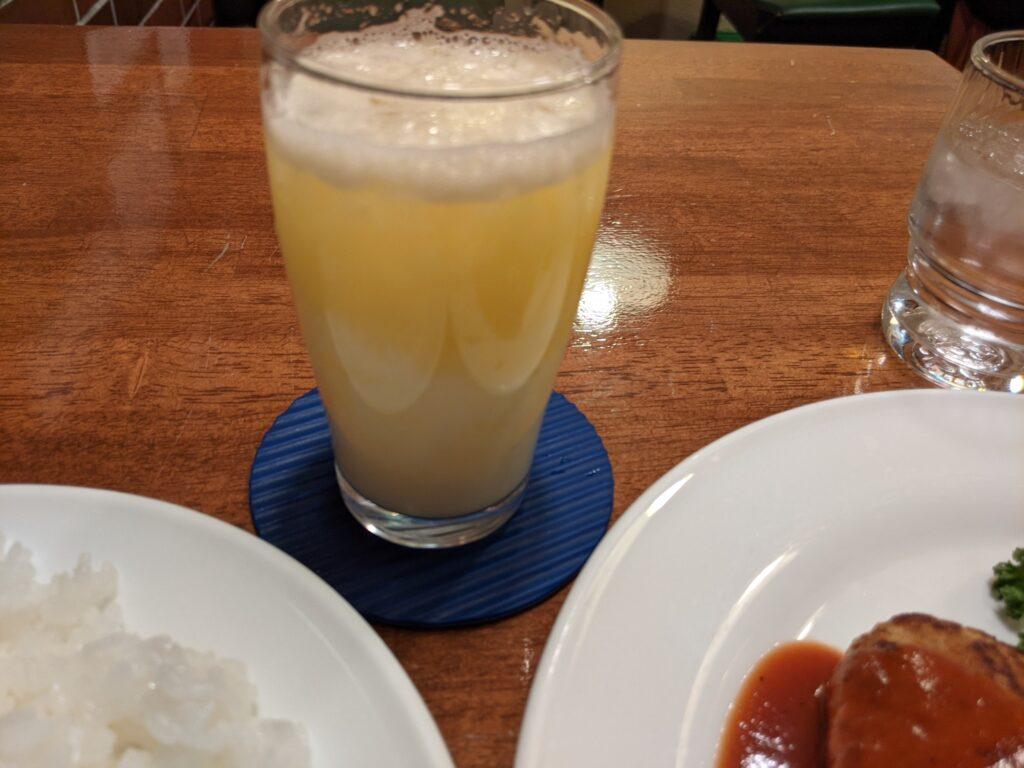 パイナップルヨーグルトジュース